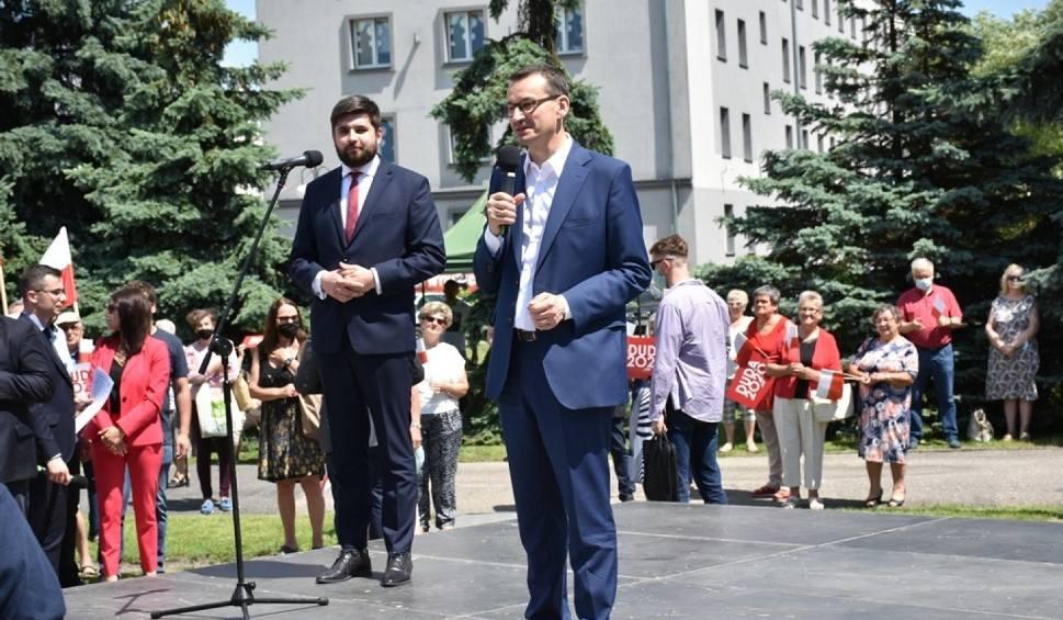 Film do artykułu: Premier Mateusz Morawiecki wręczył symboliczne czeki samorządowcom w Chełmie. Zobaczcie zdjęcia