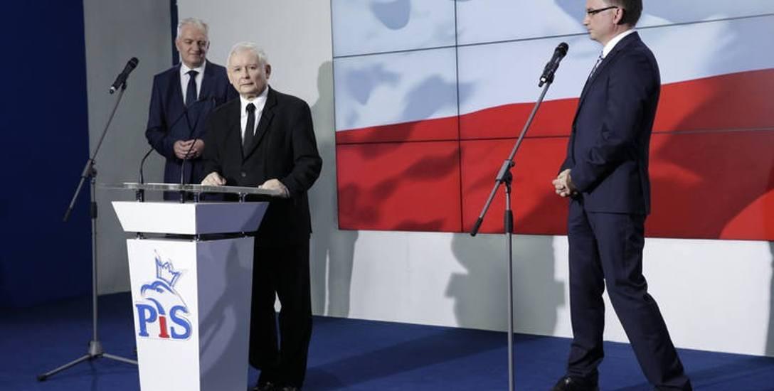 Kiedy liderzy podpisywali kolejną deklarację programową Zjednoczonej Prawicy, zarówno Jarosław Gowin, jak i Zbigniew Ziobro wcale się nie cieszyli, gdy