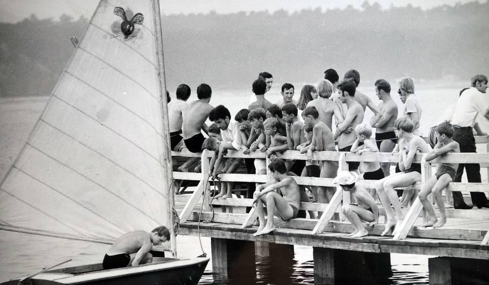 Film do artykułu: Zobacz najsłynniejsze kąpieliska śląskie w latach 70-tych ZDJĘCIA ARCHIWALNE