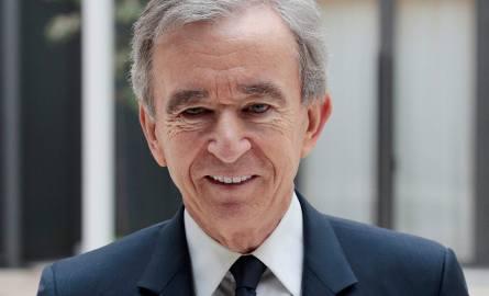 Najbogatszy Francuz Bernard Arnault nie kryje zamiłowania do luksusu. Jest też zwolennikiem Macrona