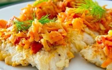 Ryba po grecku z morelami  na wigilijny stół.