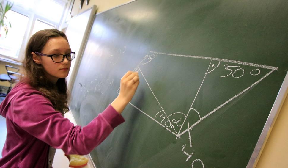 Film do artykułu: Niepubliczne gimnazja odejdą do lamusa [wideo]