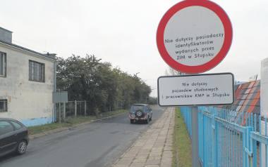 Mieszkań znajduje się w budynku przy ul. Przemysłowej. Większość to własność miasta.