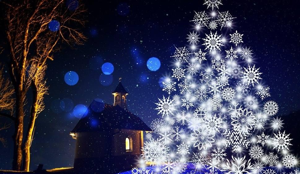 Film do artykułu: Życzenia na Boże Narodzenie 2020. Piękne, śmieszne, krótkie, świąteczne SMS. Wierszyki na Boże Narodzenie. Życzenia na messengera