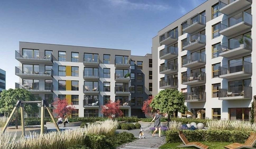Film do artykułu: Nowe osiedle powstaje przy ul. Smolnej w Poznaniu - ruszyła budowa kolejnego bloku i sprzedaż mieszkań