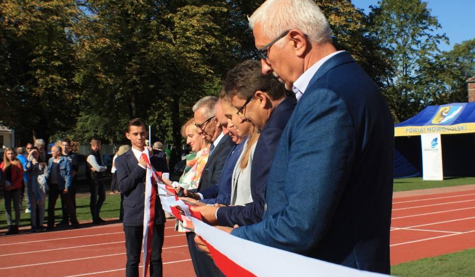 Film do artykułu: Pierwszy w regionie stadion lekkoatletyczny w Nowej Soli otwarty!