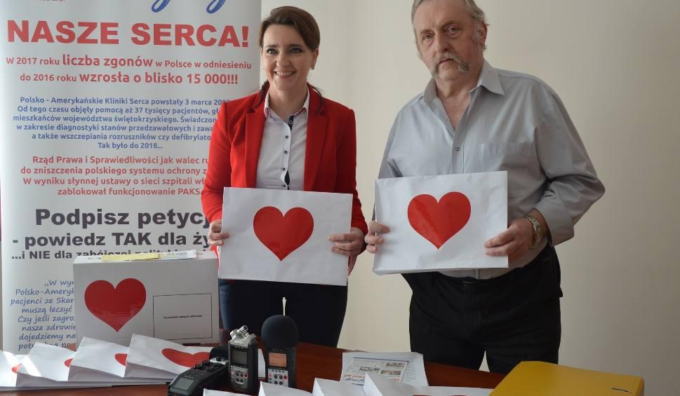 Film do artykułu: Jak nie złością, to miłością - walentynkową pocztą obrońcy Polsko-Amerykańskich Klinik Serca wysyłają podpisy do ministra zdrowia