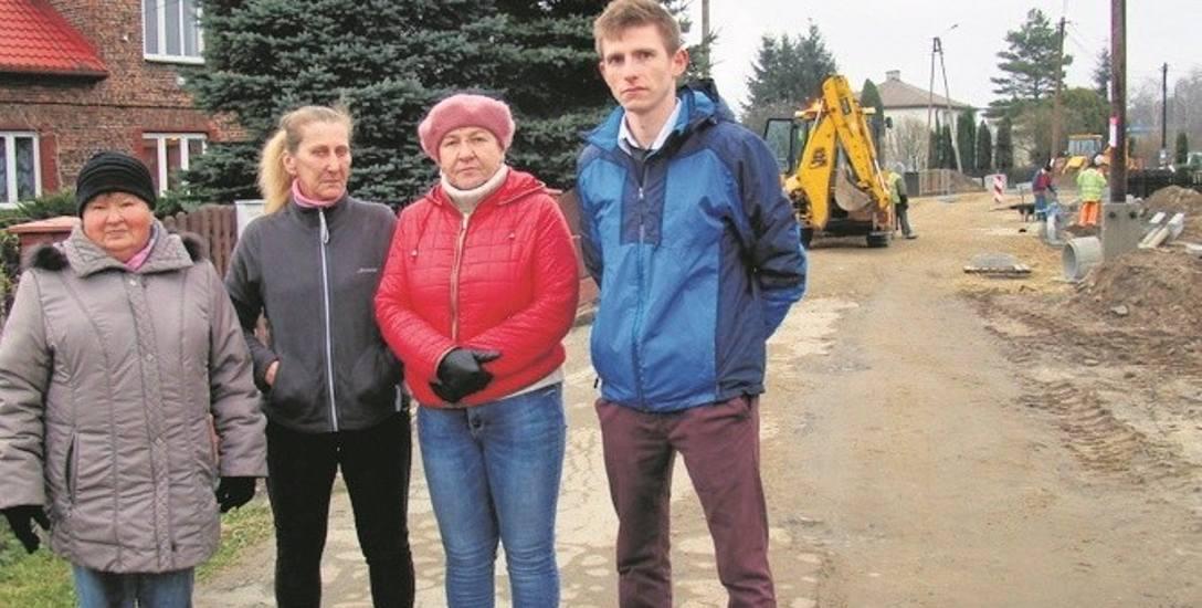 Mieszkańcy ulicy Wysokie Brzegi od lat czekali na jej przebudowę. Spodziewali się utrudnień, ale nie tego, że będą aż takie problemy