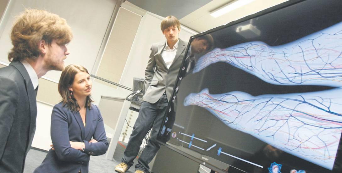 Studenci SUM mogą zrobić nawet wirtualną sekcję zwłok. To uczelnia z wielką przyszłością