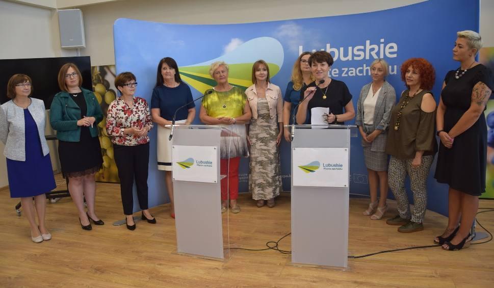 Film do artykułu: ZIELONA GÓRA: Wojewódzka Rada Kobiet szykuje się do działania [ZDJĘCIA, WIDEO]