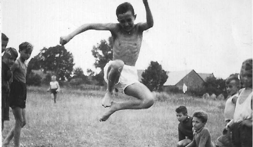 Film do artykułu: Stadion Syrenka w Zielonej Górze stworzyli młodzi chłopcy zakochani w sporcie. I co sobotę organizowali zawody! Znasz tę historię? [FOTO]