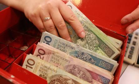Pracodawca może narazić się na roszczenia płacowe osób już zatrudnionych. Dla pracowników dostęp do informacji o wynagrodzeniach na podobnych stanowiskach