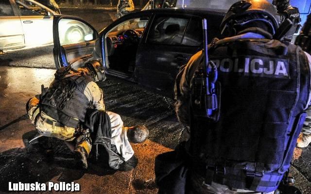 eb813100d7c2cb Jest praca w lubuskiej policji. Co trzeba zrobić, żeby ją dostać i ile  można zarobić?