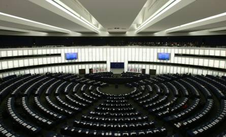 Wybory do europarlamentu 2019. Sondaż Polska Press Grupy: PiS i Koalicja Europejska idą łeb w łeb. Ostatni tydzień będzie decydujący