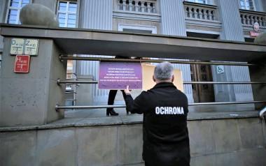 Protest przed ZUS w Chorzowie