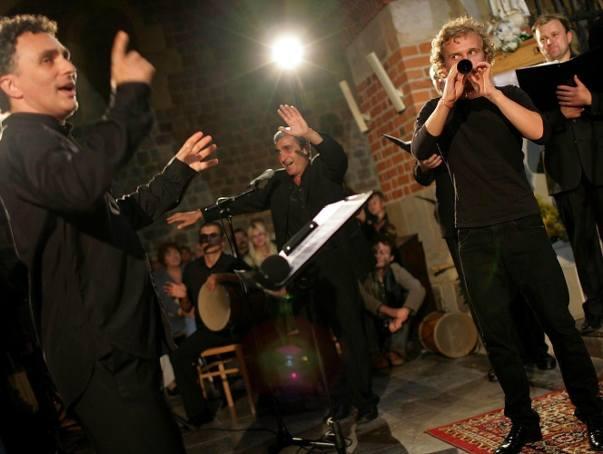 W Enjoy - Borys SomerschafDyrygent, śpiewak, kompozytor i aranżer Borys Somerschaf związany jest od dawna z Lublinem (został nawet nagrodzony przez prezydenta