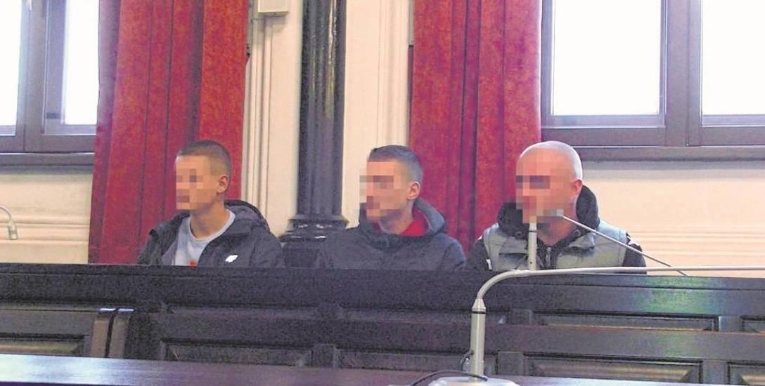 Sprawa napadu na tureckich studentów w centrum Bydgoszczy, na bulwarze nad Brdą to pierwsze takie postępowanie w ostatnich latach, które trafiło do sądu.