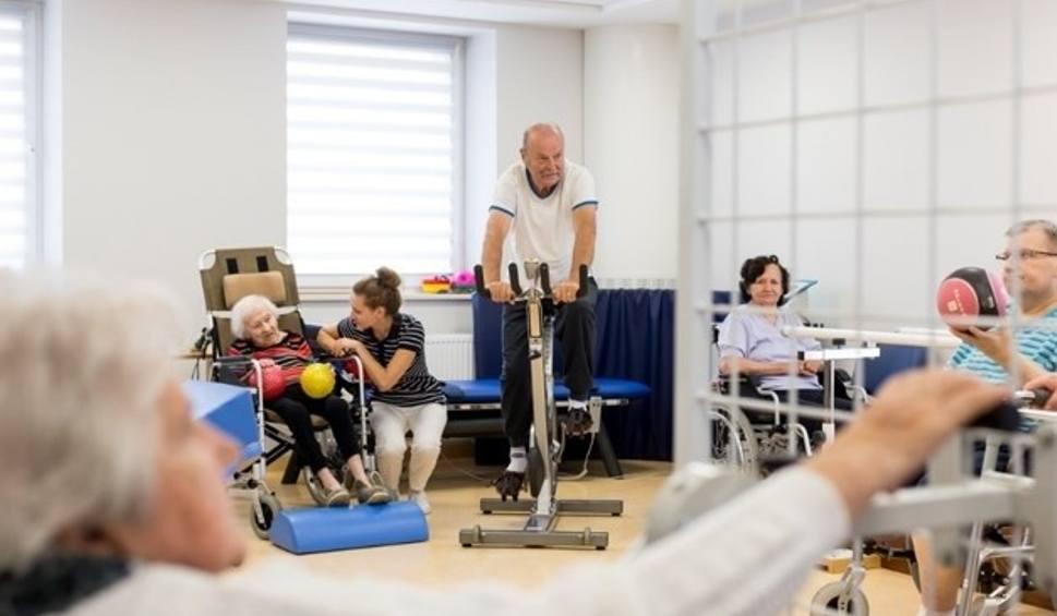 Film do artykułu: Domy Opieki dla Seniorów: wizytówką BetaMed SA jest aktywność!