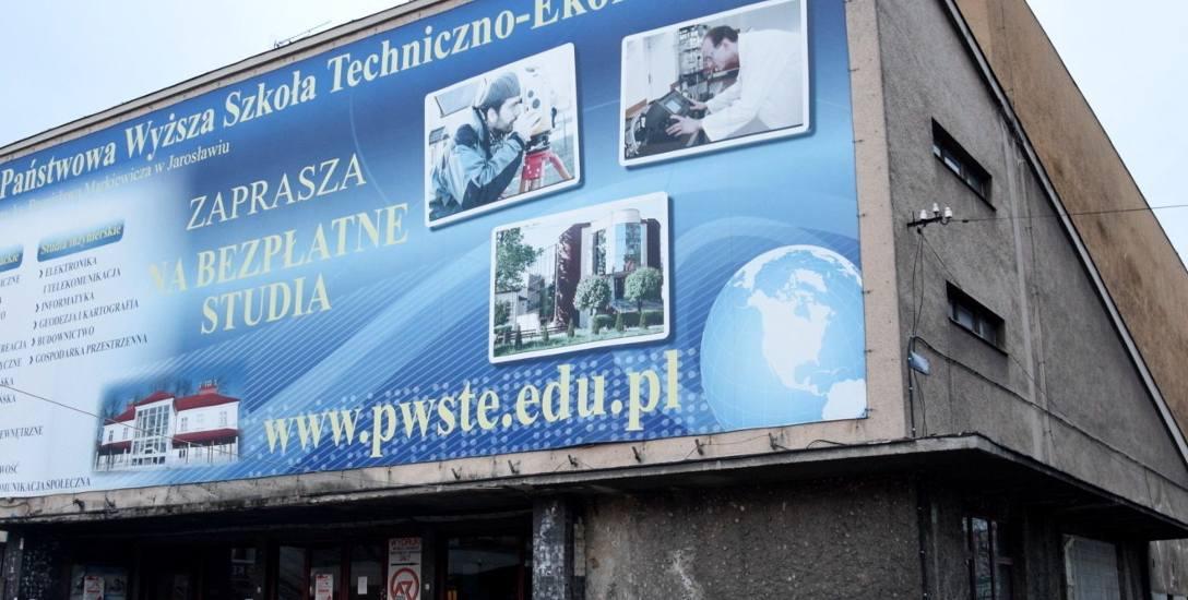 Budynek dawnego kina Westerplatte nie jest użytkowany przez PWSTE od 2012 roku