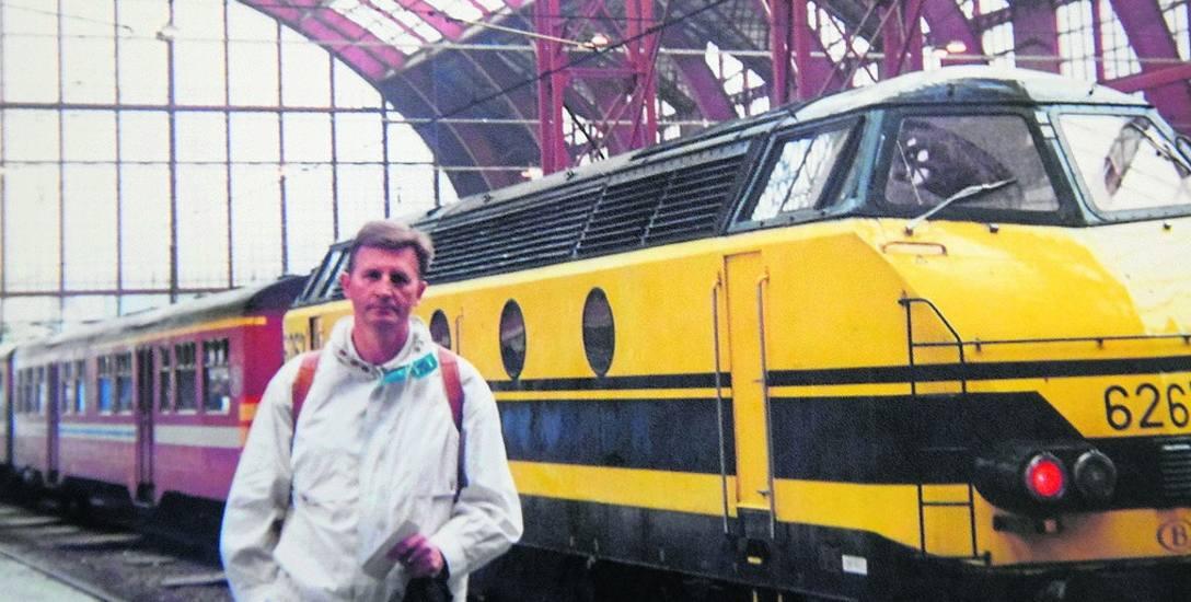 Józef Kaźmierczak podczas swych licznych wojaży po Europie zawitał między innymi do Antwerpii, gdzie zwiedził miejscowy dworzec kolejowy.