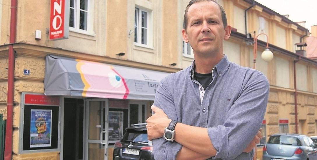 Jarosław Kajmowicz wierzy, że komfort i wizerunek kina poprawią się dzięki planowanym pracom.