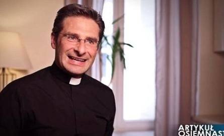 Coming out księdza Charamsy. Watykan reaguje