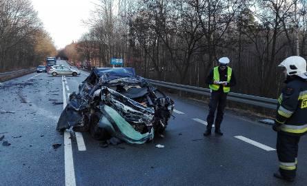 Śmiertelny wypadek na krajowej szóstce (zdjęcia)