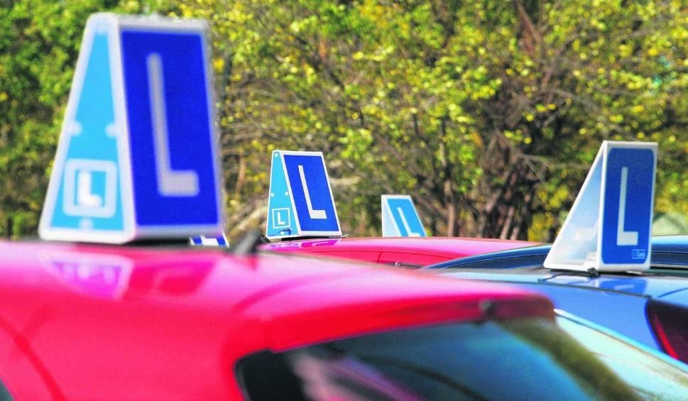 Film do artykułu: Ranking szkół nauki jazdy w Radomiu. Które ośrodki szkolenia kierowców uczą najlepiej?