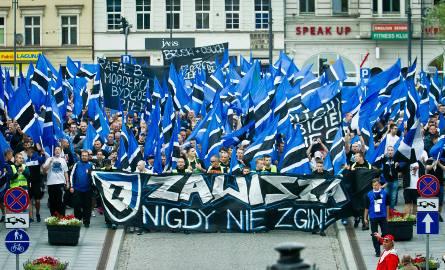Manifestacja kibiców Zawiszy Bydgoszcz.