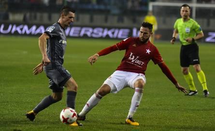 Legia wygrała z Wisłą w Krakowie 1:0.