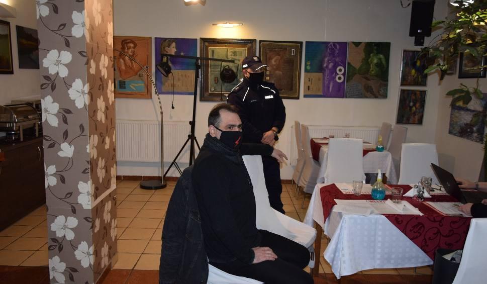 Film do artykułu: Dopiero co otwarta restauracja na Głębokim koło Międzyrzecza już została skontrolowana!