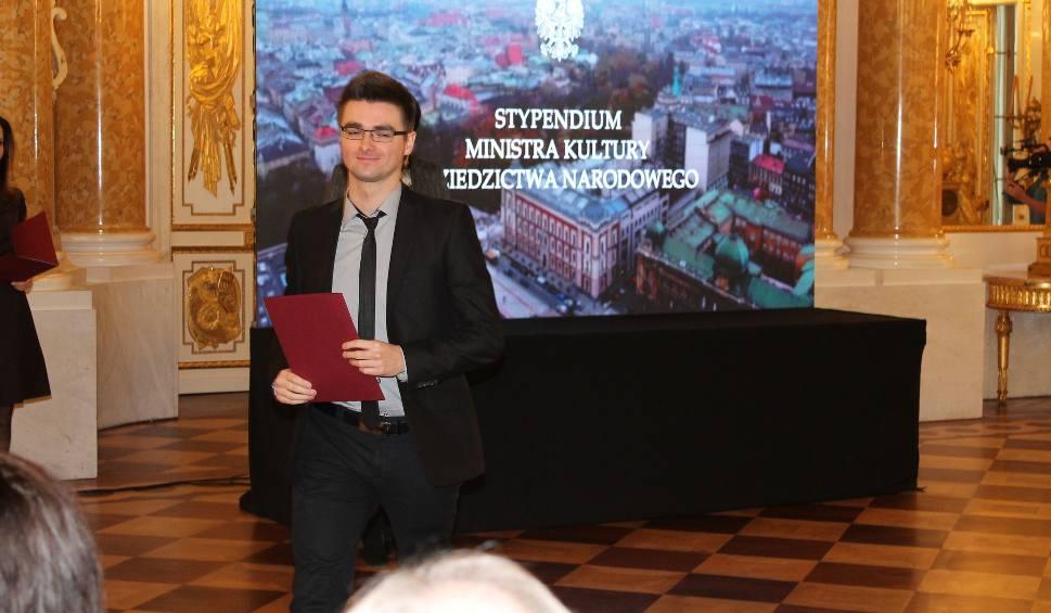Film do artykułu: Stypendium ministra kultury i dziedzictwa narodowego dla radomskiego muzyka Piotra Zarzyki