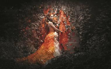 """Regina Gorczyca na zdjęciu """"Magic door"""". - Przekraczając """"magiczne drzwi"""", stałam się częścią zaczarowanego świata - mówi."""