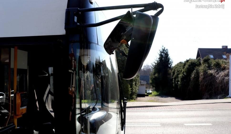 Film do artykułu: Jastrzębie-Zdrój: pijany kierowca autobusu wiózł pasażerów. Uszkodził...sygnalizację świetlną