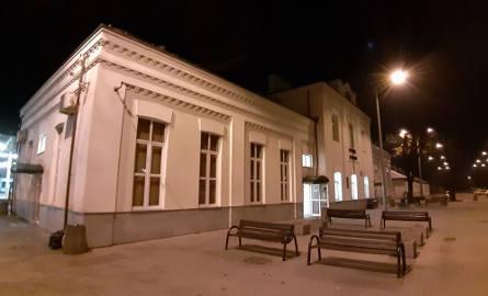 Do groźnego incydentu doszło w niedzielę późnym wieczorem na dworcu Łódź Widzew. Około godz. 23 bezdomny mężczyzna w budynku stacji rozpylił gaz pieprzowy...