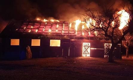 Ignatowizna. Spłonęła drewniana stodoła (zdjęcia)