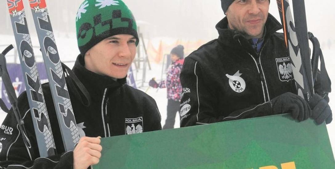 Patryk Dudek (z lewej) i Piotr Protasiewicz chętnie wsiadają na narty