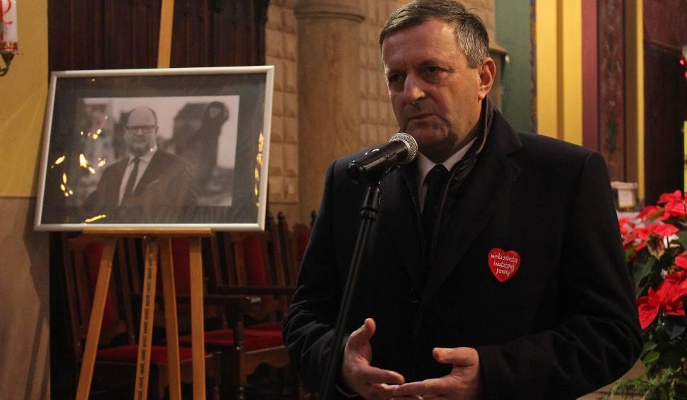Film do artykułu: Trześń. Pożegnanie prezydenta Gdańska, Honorowego Obywatela Gminy Gorzyce [Zdjęcia]