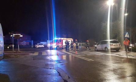 Zderzenie dwóch aut na ulicy Leśnej w Zawierciu [ZDJĘCIA]