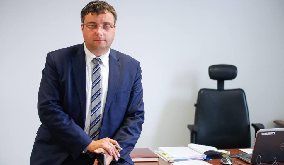 Film do artykułu: Opolskie dla biznesu. Sprawna realizacja unijnych wniosków o płatność, nowe nabory, webinaria, pożyczki dla firm - to oferta OCRG