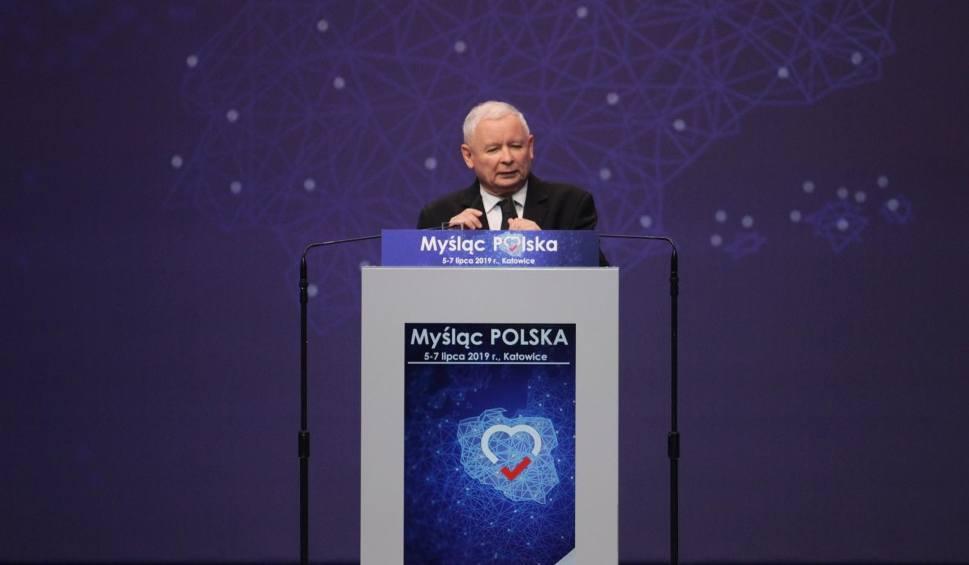 Film do artykułu: Wybory 2019: Konwencja PiS w Lublinie. Jarosław Kaczyński: Płaca minimalna na koniec 2020 r. - 3 tys. zł, na koniec 2023 r. - 4 tys. zł