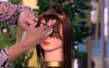Zmocz włosy i rozczesz je porządnie