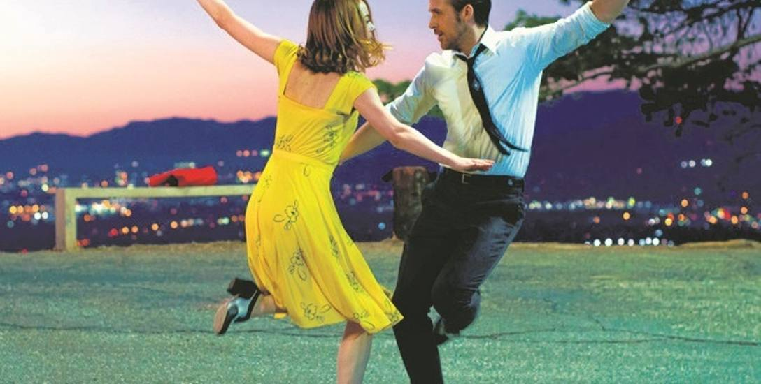 """Przywrócony czar dawnych musicali. """"La La Land"""" bawi, uczy, zmusza nas również do  głębokiej refleksji."""