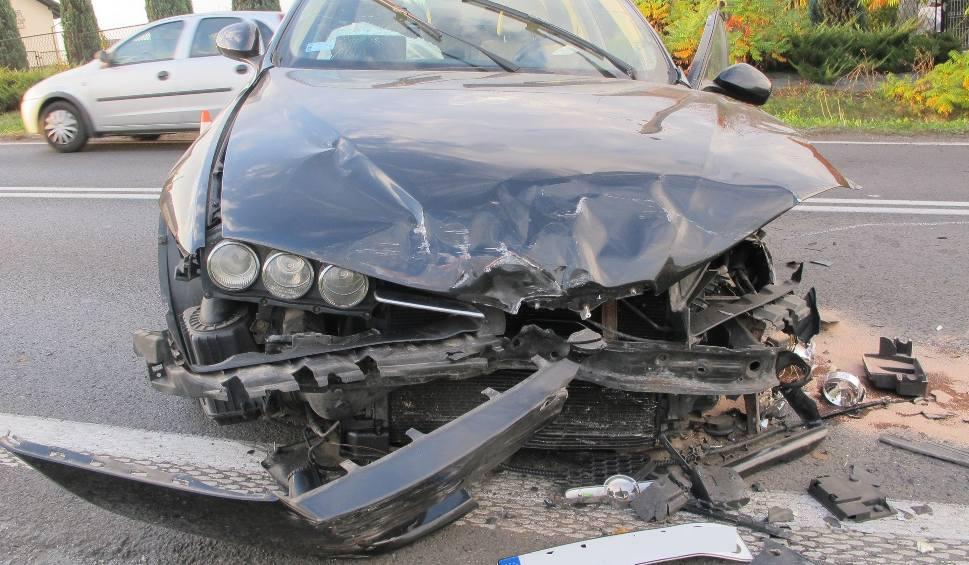 Film do artykułu: Bulowice. W zderzeniu trzech samochodów ranna została jedna osoba