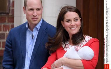 Księżna Kate urodziła dziecko. Trzecie Royal Baby to chłopiec. Bukmacherzy typują imię dla syna księcia Williama i Kate [ZDJĘCIA]
