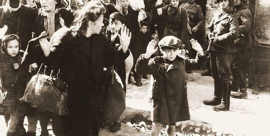 Żydowska ludność cywilna schwytana podczas tłumienia powstania