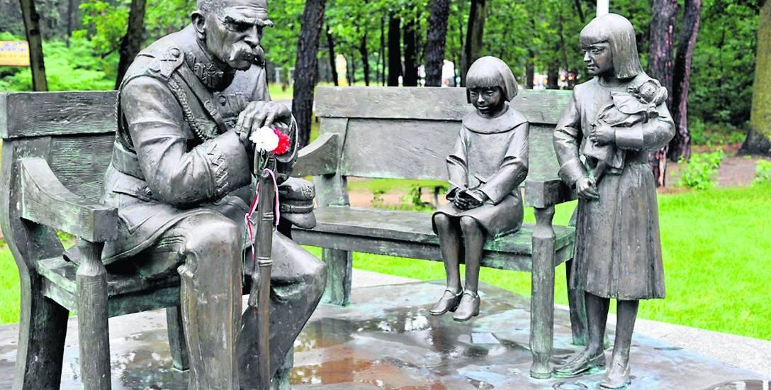 Pomnik Marszałka w Sulejówku