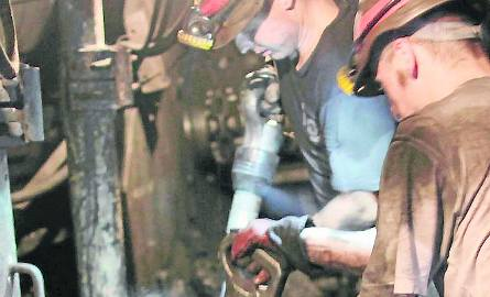 Chęć skorzystania z programu dobrowolnych odejść wyraziło już 9,3 tys. górników z trzech śląskich spółek węglowych