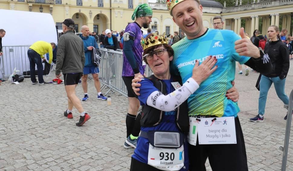 Film do artykułu: 7. PKO Białystok Półmaraton. Setki osób pobiegło po zdrowie dla Madzi i Julka. Tak połączyli sport z pomaganiem
