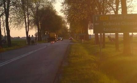 Wypadek motocyklisty. Mężczyzna zginął na miejscu (zdjęcia)